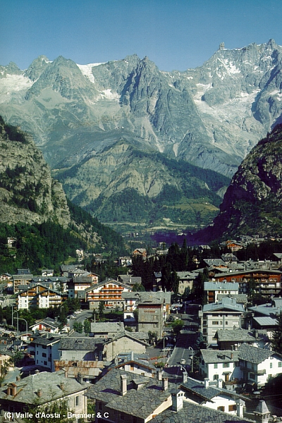 Courmayeur Italy  City new picture : Courmayeur, Italy